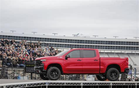2019 Silverado Unveil by Chevy Stunningly Unveil The 2019 Silverado