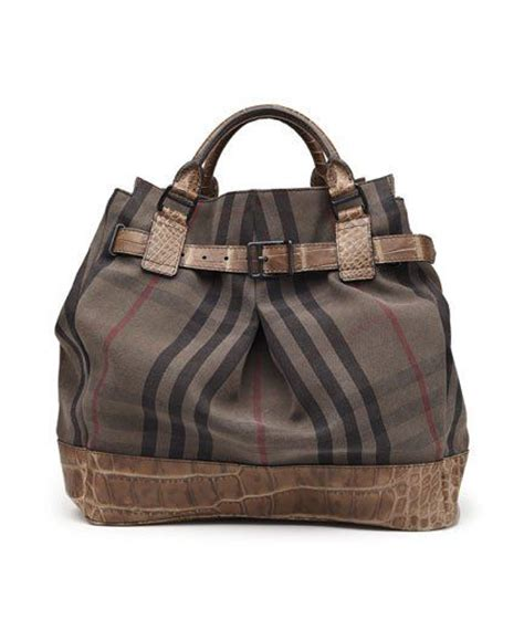 17 7 Bag Charles Keith D8213 Sale 17 best images about burberry on scarf trench and trench coats