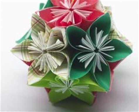 paper flower ball pattern 14 free flower patterns favecrafts com