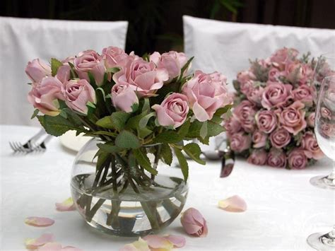 Fish Bowl Vases With Flowers by Best 25 Fish Bowl Vases Ideas On Inexpensive