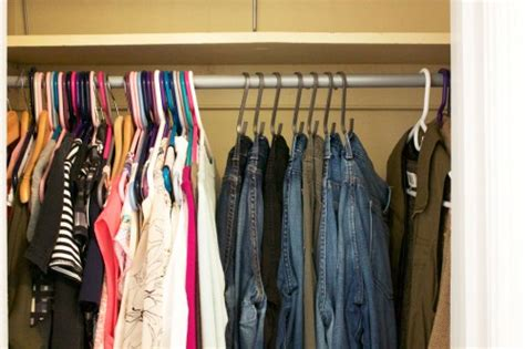 Jean Rack For Closet by 5 Problems With Your Bedroom Closet And How To Solve Them