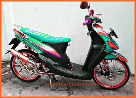 Modifikasi Mio Sporty 2007 by Modifikasi Motor Mio Sporty 2009 Biru Putih Sticker