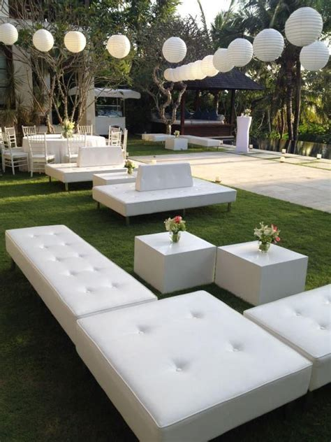 White Lounge Chair Outdoor Design Ideas Ottomans And Cube Table Bali Event Furniture Rental Armadillo Leroy