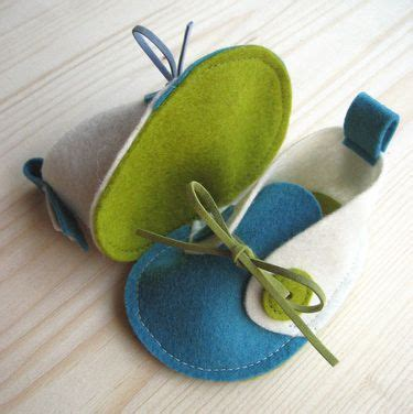 pattern for felt baby shoes patterns baby shoes and ideas on pinterest
