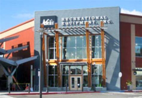 rei outdoor supply store 12160 se 82nd avenue in