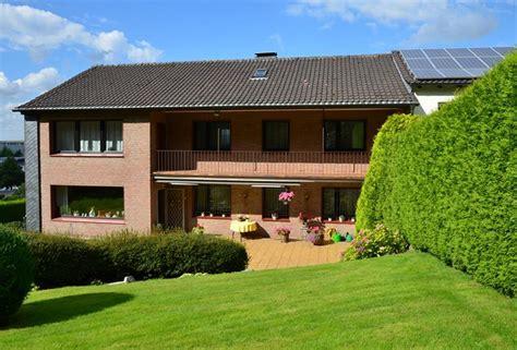 zweifamilienhaus mieten neu im verkauf zweifamilienhaus oder mehrgenerationenhaus