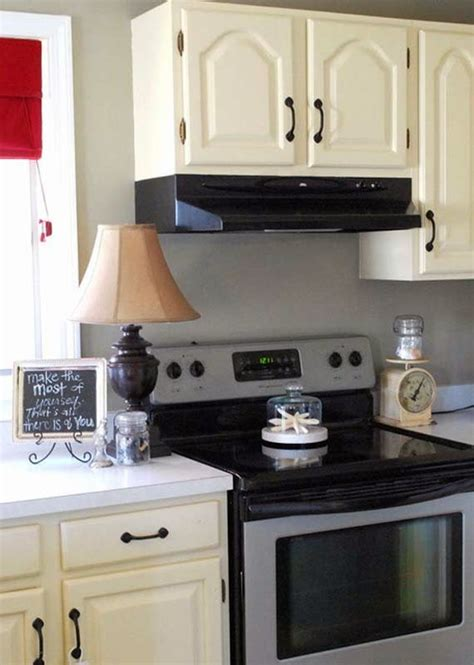 what is the cheapest countertop material available to