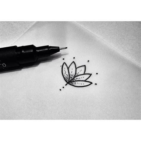 lotus flower finger tattoo minimalist l 243 tus minimalistflowers l 243 tus pinkbecker
