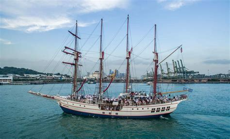 Royal Albatross   Luxury Tall Ship Singapore