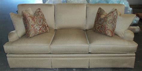 king hickory henson sofa barnett furniture king hickoryhenson sofa