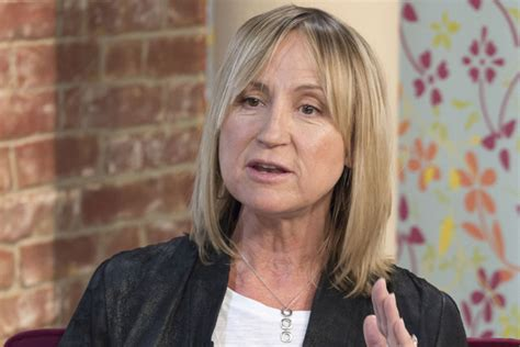 56 yrs old woman 5ft 2 carol mcgiffin www pixshark com images galleries with