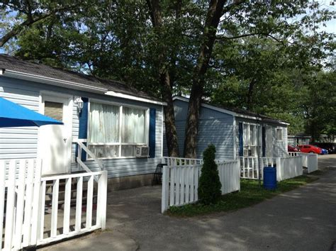 blue coast cottages walk to main wasaga beach cottage