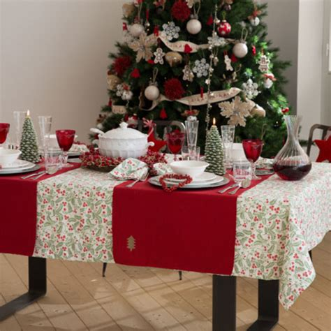 White Dining Table Decor by 60 Dining Table Decor In And White Family