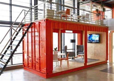 monarch home design studio north york container usati si trasformano in una variopinta sala d