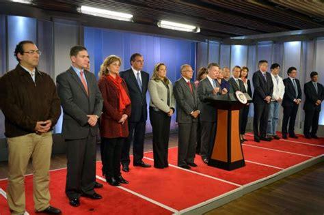 ministro de trabajo 2016 colombia santos hace cambios en cinco ministerios internacional