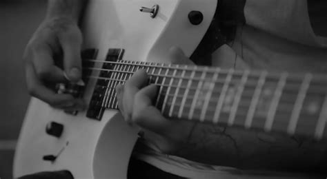 awesome animated electric rock guitars   animations