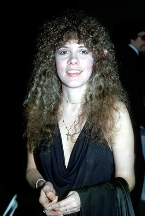 ladies popular hair style 1975 stevie nicks style is bohemian cool at its finest photos