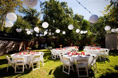 bbq backyard wedding an austin tx autumn backyard wedding from offbeat bride