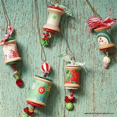 wooden thread spools  christmas ornaments crafty ideas