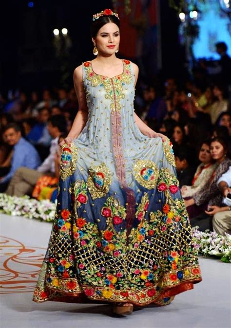 imagenes de vestidos de novia tradicionales pasarela de vestidos de novia tradicionales de pakist 225 n