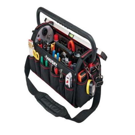 husky 20 in pro tool bag with pull out tray 88582n13