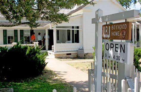 plan your visit lincoln boyhood visiting the boyhood home lyndon b johnson national