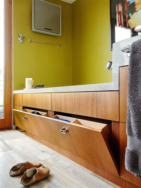 bathtub storage five great bathroom storage solutions