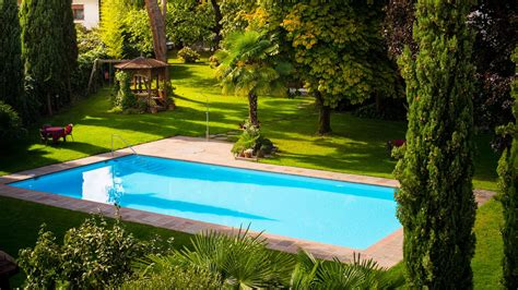 piscina giardino giardino con piscina hotel eichhof 3 s a