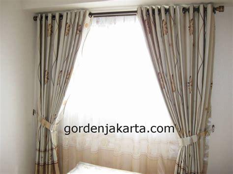 Hordeng Kawat Motif Bunga Ukuran 100 X Tinggi 200 Cm harga gorden terbaru blackout vitrage gorden jakarta