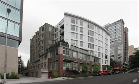 Appartments In Seattle by Landes Apartments Seattle Wa Apartment Finder