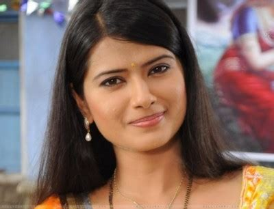 kasam tere pyar ki cast real name kratika sengar kasam tere pyaar ki profile marriage husband