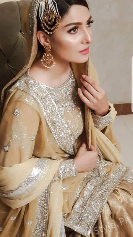 Simple Dress For Wedding Pakistani