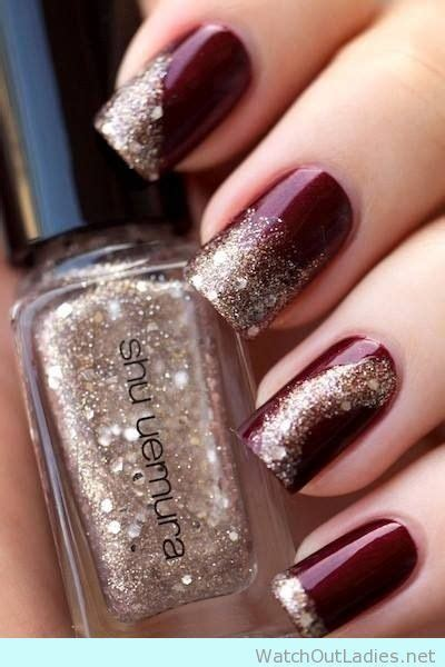Nägel Gold by Wine And Burgundy Nail With Shu Uemura Gold Glitter