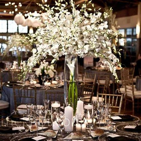 table centrepieces for dinner 25 best ideas about flower arrangements on
