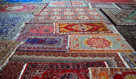 prayer rugs islam how muslims use prayer rugs