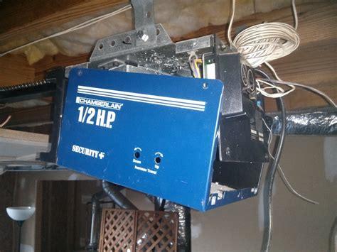 Garage Door Opener Just Hums A 1 2 Hp Chamberlain 99 Model The Motor Is Humming
