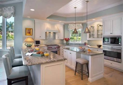 G Bar And Kitchen by Traditional Kitchen With Breakfast Bar By 7 Construction