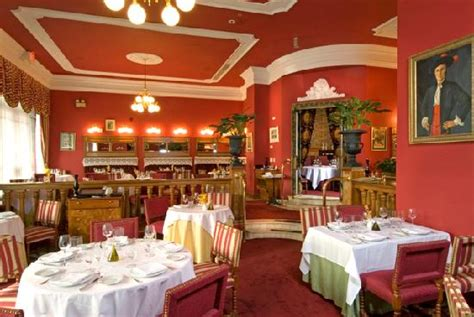 dining room picture of taberna alabardero