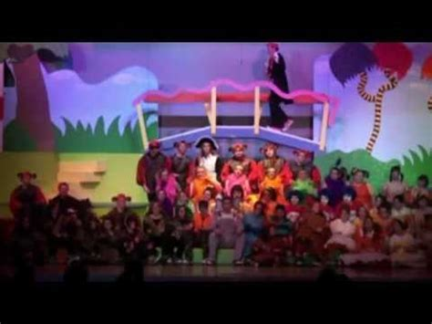 curtain call players green eggs and ham curtain call viking players seussical