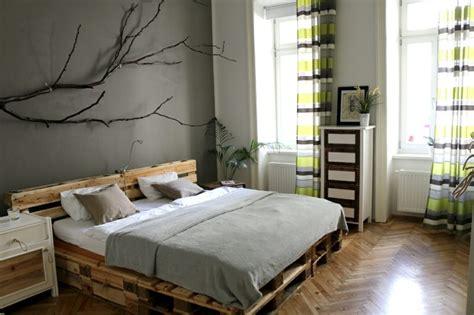 palettenbett ideen 52 diy palettenbett designs m 246 bel schlafzimmer zenideen