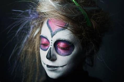 tutorial di makeup per halloween trucchi per un look crea un trucco da sugar skull per halloween tutorial
