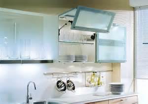 Design A Kitchen Online beleuchtete h 228 ngeschr 228 nke mit faltliftt 252 ren in milchglas