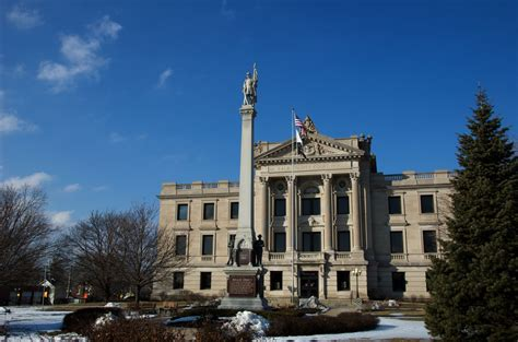 Dekalb County Il Civil Search File Dekalb County Il Courthouse Jpg Wikimedia Commons