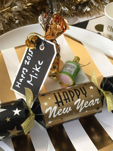 new year dinner place easy diy mini chagne bottle new years dinner