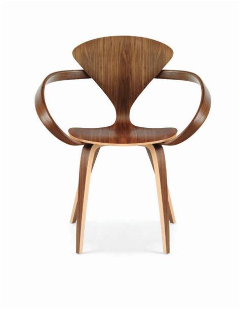 Chaises Hautes De Bar 994 by Chaise Design Organique Avec Accoudoirs En Noyer En