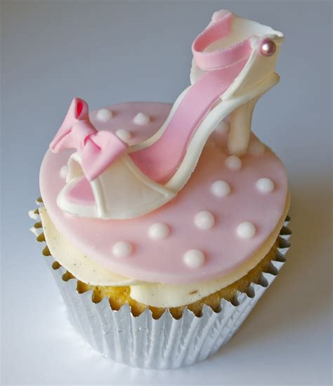 sugar ruffles high heel shoe cupcake fashion cupcakes