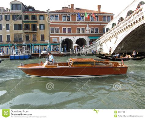 venice boat taxi cost venice water taxi at the bridge editorial photography