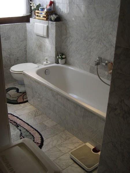 badewanne behindertengerecht badewanne auf duschfeld behindertengerecht umbauen