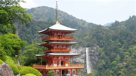 japan travel scenic spots filled with spiritual sites in