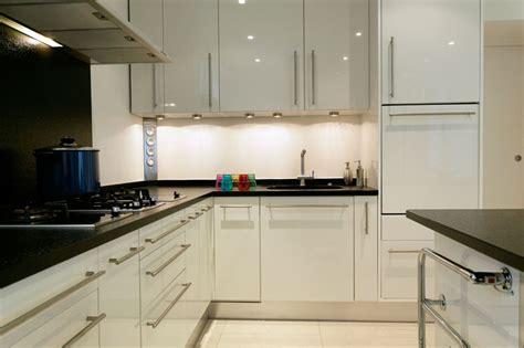 騁ag鑽es de cuisine eclairage cuisine plan de travail cuisine